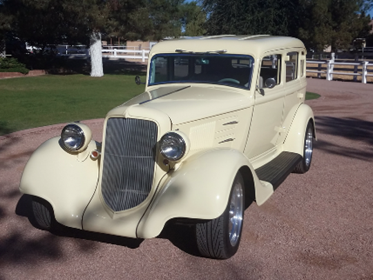 1934 PLYMOUTH PE CUSTOM SEDAN