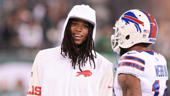Buffalo Bills wide receiver Kelvin Benjamin (left) talks with wide receiver Zay Jones (11) before his game against the New York Jets at MetLife Stadium.