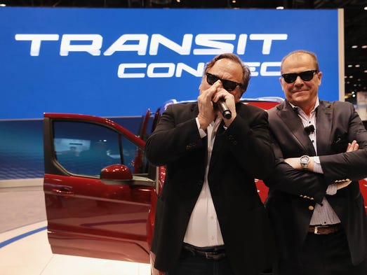 chicago auto show ford 39 s new transit connect targets baby. Black Bedroom Furniture Sets. Home Design Ideas