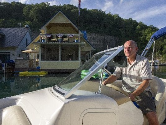 TVAhouseboats