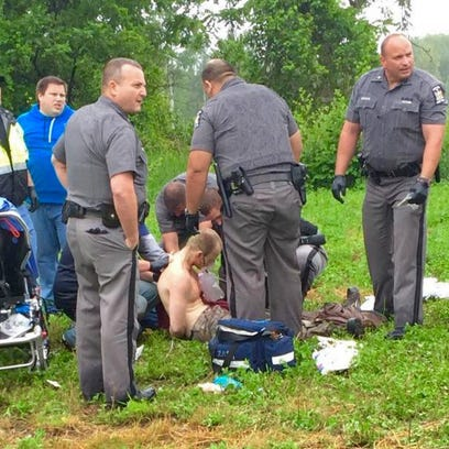 Authorities surround prison escapee David Sweat after
