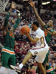 Devon Bookert lef FSU with 14 points and knocked down