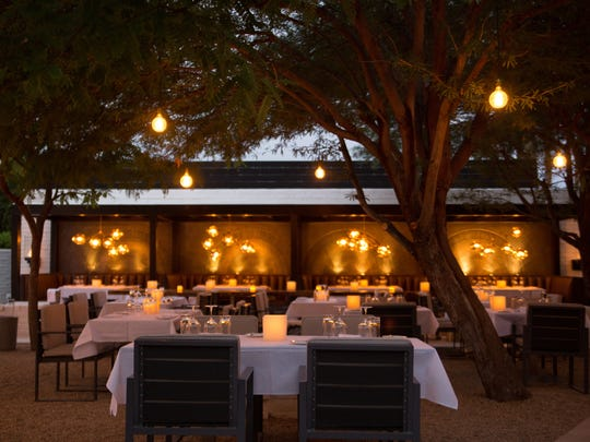 Diners who are in the mood for a romantic Thanksgiving