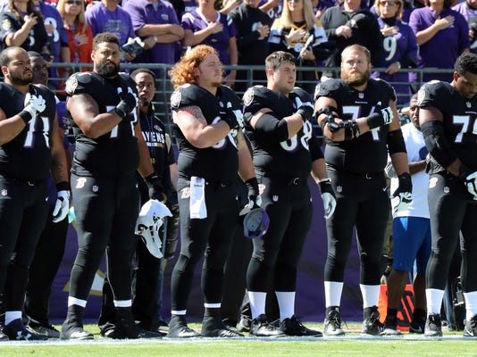 USP NFL: PITTSBURGH STEELERS AT BALTIMORE RAVENS S FBN BAL PIT USA MD