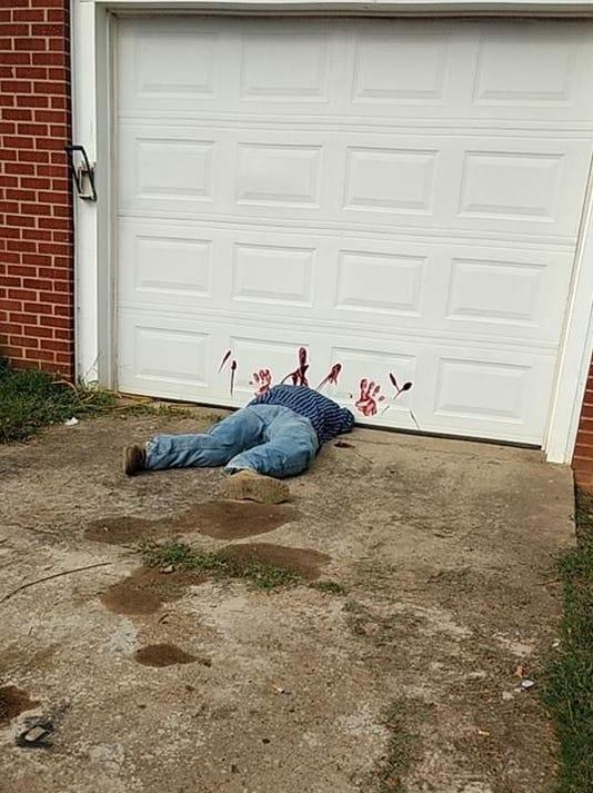 636416700363402749-decapitated-man.jpg