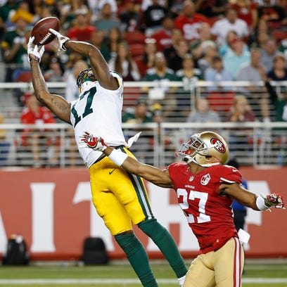 Green Bay Packers wide receiver Davante Adams misses