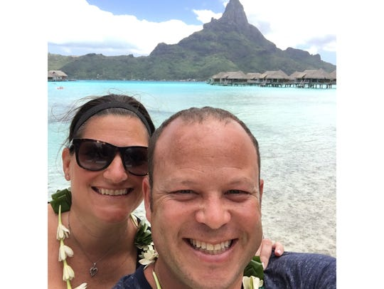 Robyn Schneider and Michael Fleischman, both 43, met