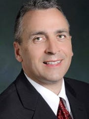 Jeffrey L. Oberdorf, candidate for District Court 19-2-04