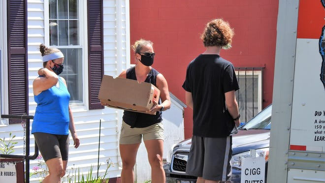 More than 11,000 pounds of food were recently delivered with the help of volunteers to the Winchendon CAC.