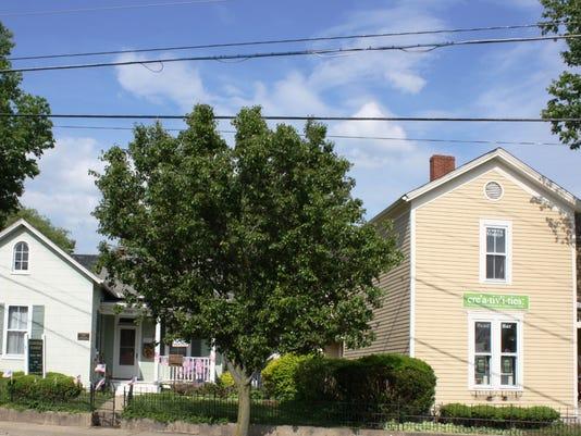 2houses.jpg
