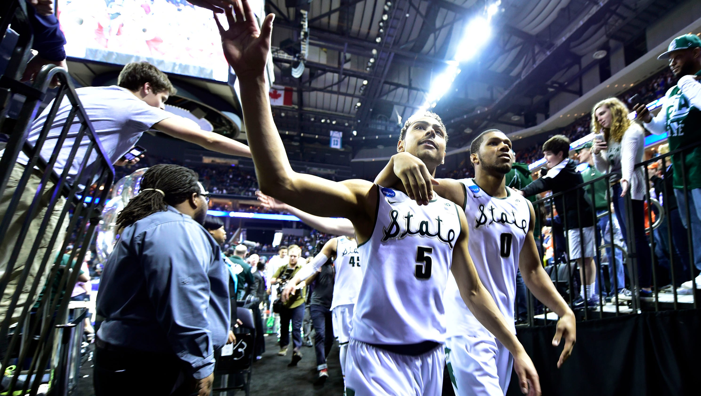 635991052880527621-marvin-clark-and-bryn-forbes
