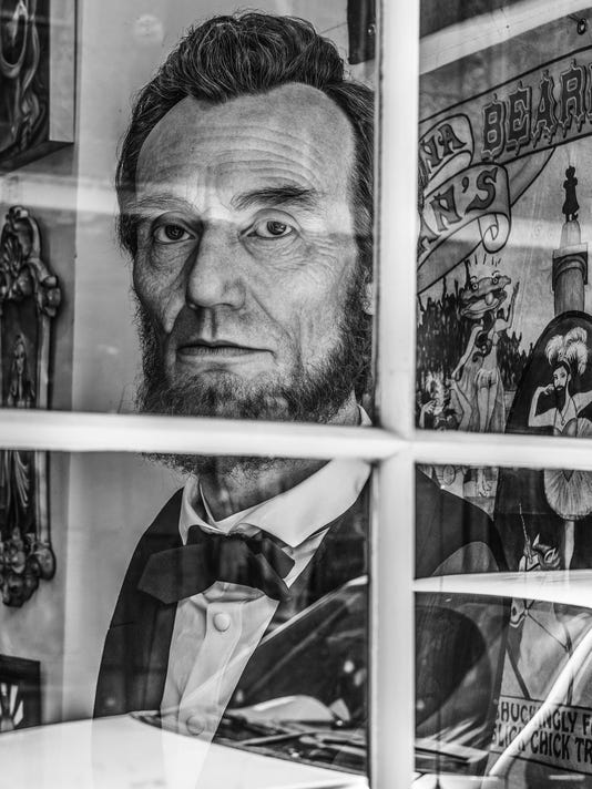 RB_Reflections of Abe Lincoln