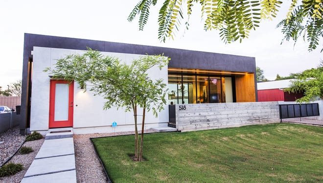 The exterior of Dr. Jade Homsi cool home in Phoenix.