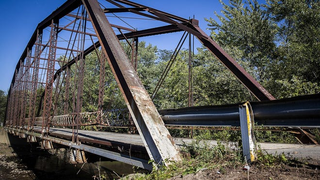 Bridge 85, a 110-year old Albany bridge, is shown in this file photo.
