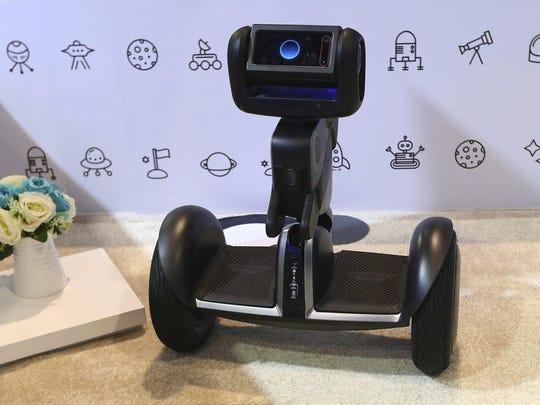 Gadget Show Segway Ninebot Loomo