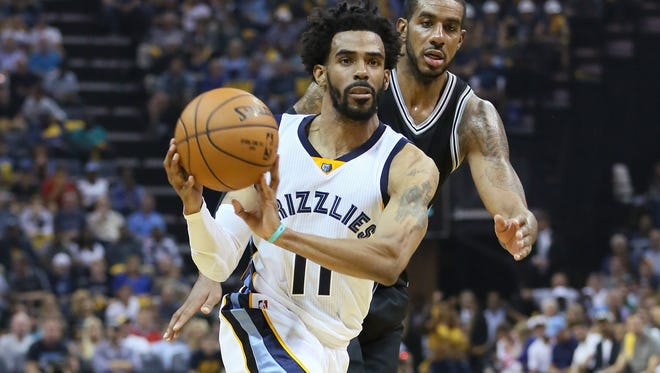 Mike Conley scored a game-high 24 points for the Grizzlies.