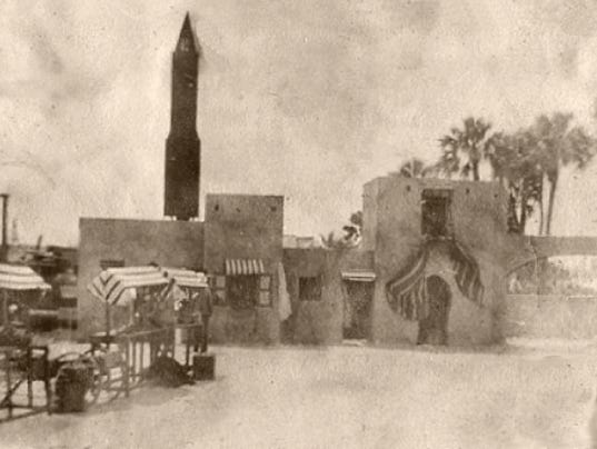 1916-moviemoorish-village-set.jpg