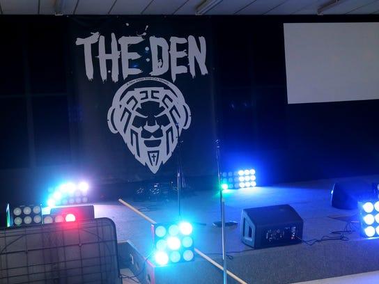 04-The Den.jpg