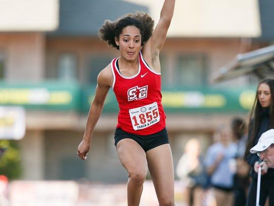 Santiam Christian's Rebeka Preston competes in the