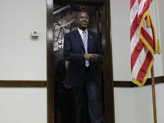 Ben Carson is introduced at a campaign stop in Mt.