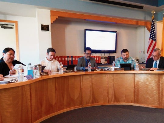 Ruidoso Board of Education, during its last meeting, voted to refund GO bonds.