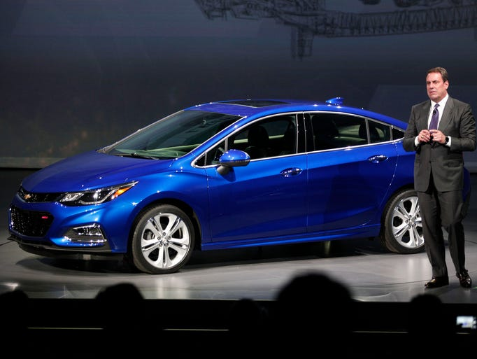 GM has just introduced the new 2016 Cruze compact at