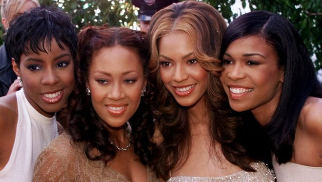 Farrah Franklin, second from left, and members of Destiny's Child at the 2000 Grammys.