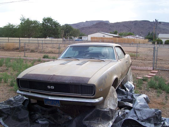 Jenny the Camaro in Arizona. This was taken the first