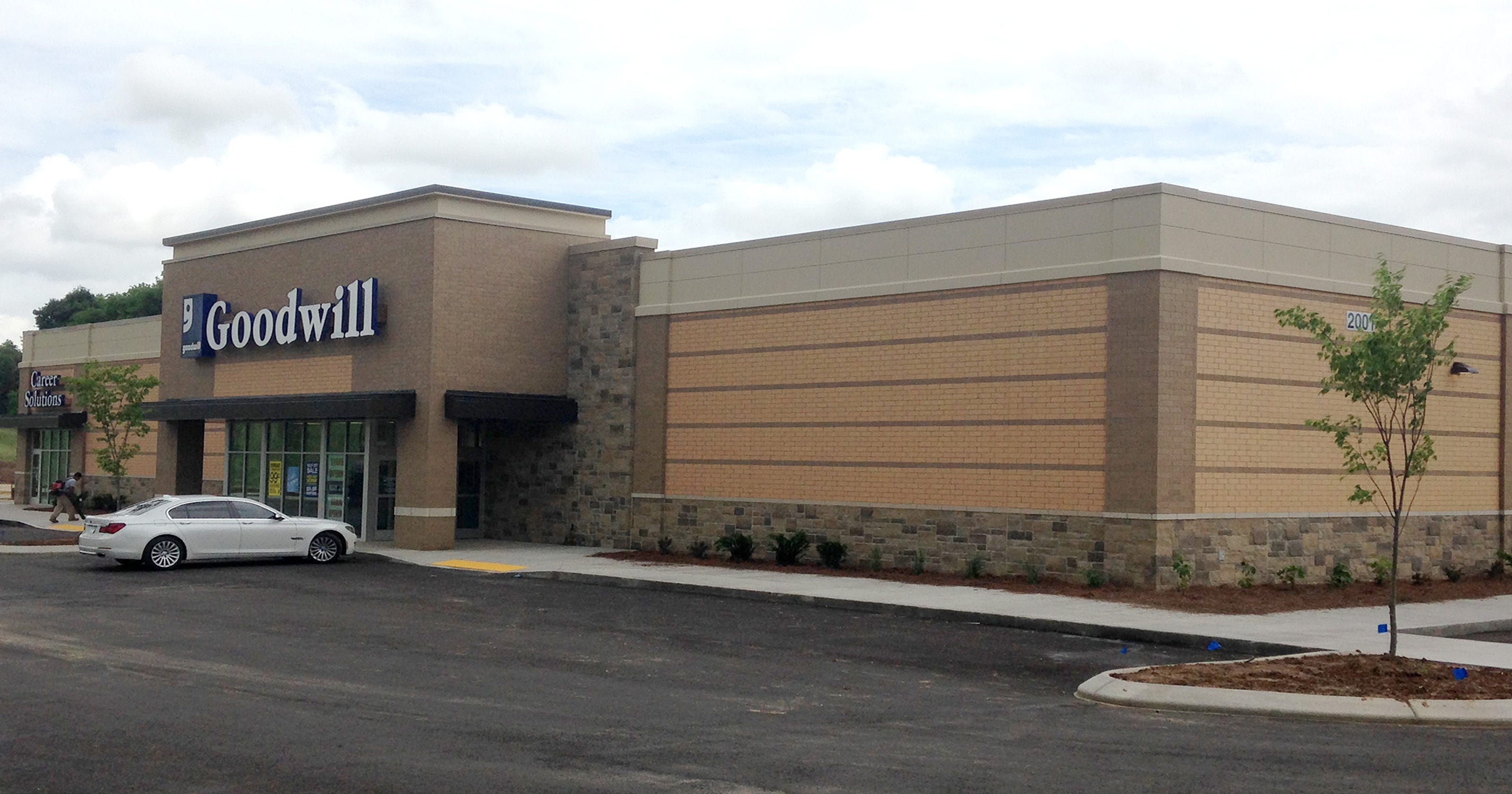 Clarksvilles Third Goodwill Store To Have Grand Opening