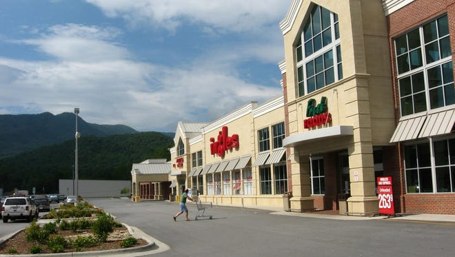 The Black Mountain-based Ingles is adding another store west of Asheville.