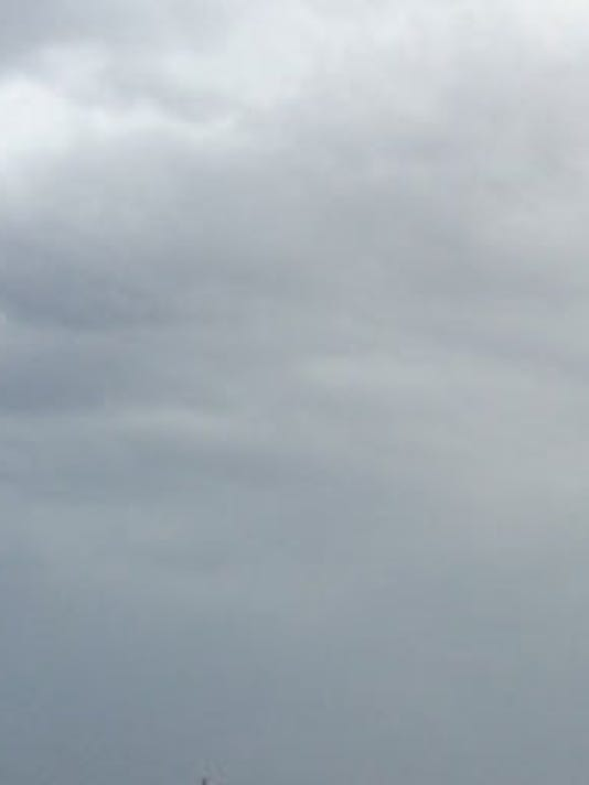 635500847102010008-stormclouds