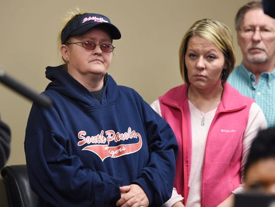 Jessica Chambers mother, Lisa Daugherty, left, and