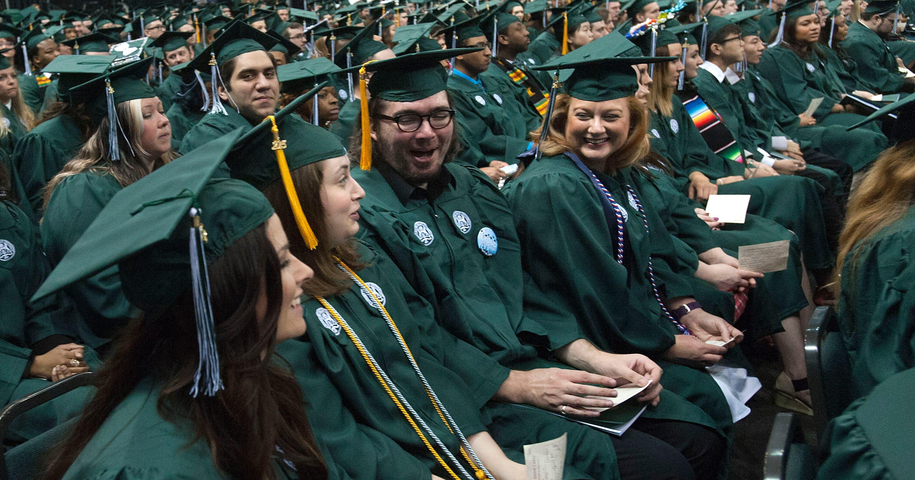 College graduation rates lag in Michigan