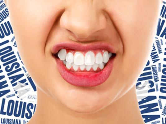 635597065835174921-grinding-teeth-illustration