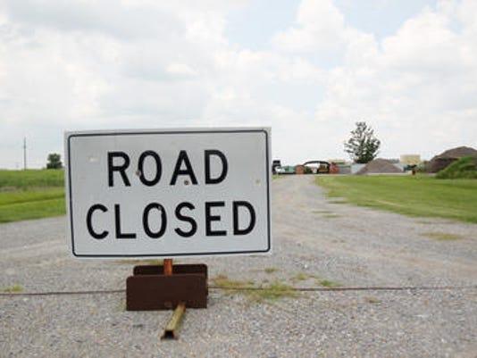 635678279642479613-road-closed