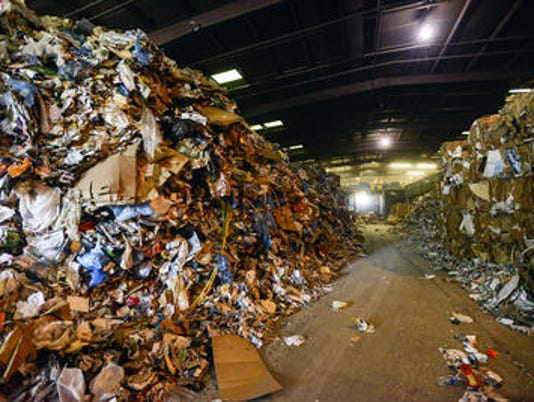 635838863692132097-recycling-center.jpg