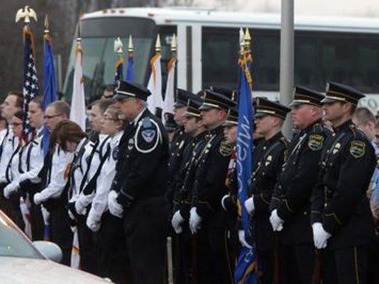 636258096792306179-Slain-Trooper-Memorial.jpg