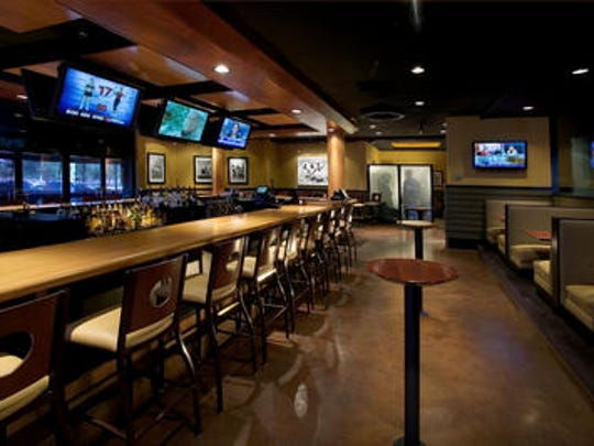 "If you're looking for a more ""classic"" viewing experience, head over to Half Moon Windy City Sports Grill to enjoy burgers, beers and the Bears. Chicago transplants are encouraged to join Windy City's meet up group for even more game day fun."
