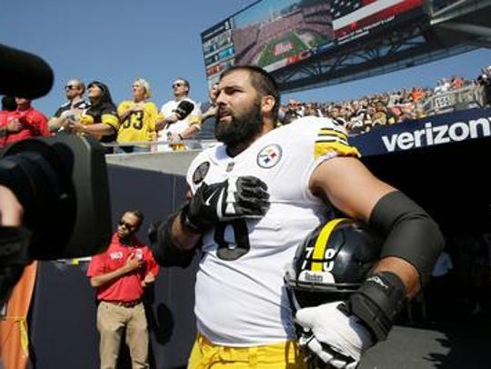 This image made Alejandro Villanueva a hero. But it