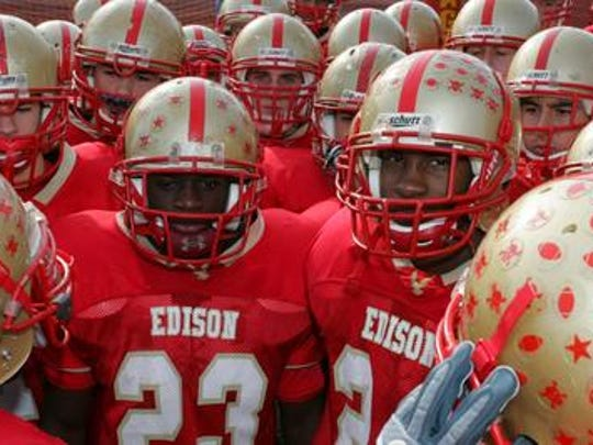 Claudio Palanca, left, and  Kittim Sherrod, teammates at Edison High School.