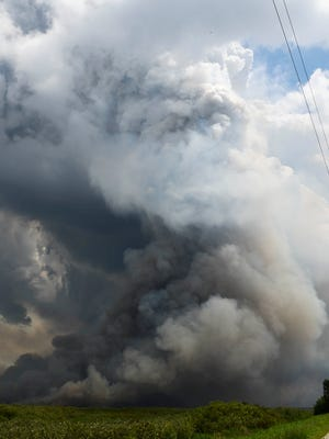 A large brush fire continues to burn in the swamps east of Rockledge. The fire has grown to over 2500 acres and has forced the periodic shutdown of nearby Interstate 95.