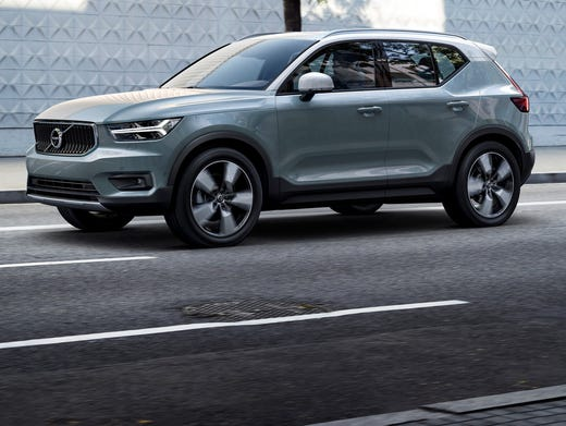Volvo Loads Up Xc40 Compact Suv With Nifty Features