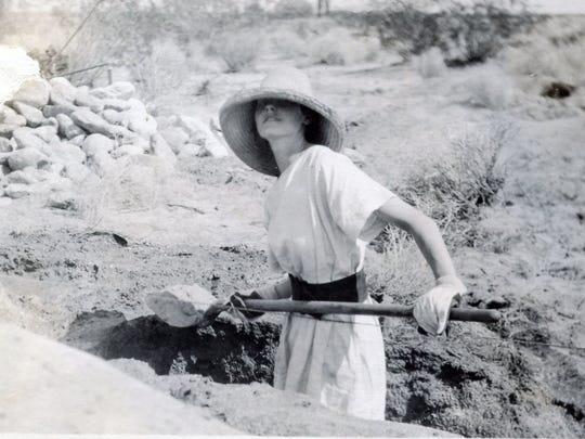 Lois Kellogg, circa 1920.