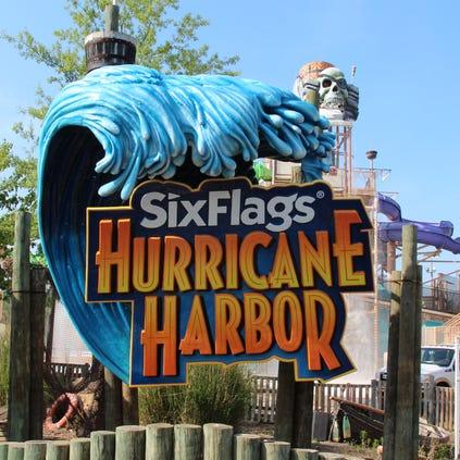 Entrance to Six Flags Hurricane Harbor