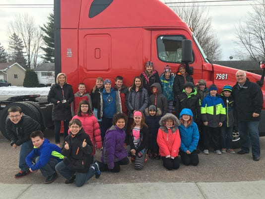 635931295936838044-Dr-Suess-Day-2016--Roehl-truck.jpg