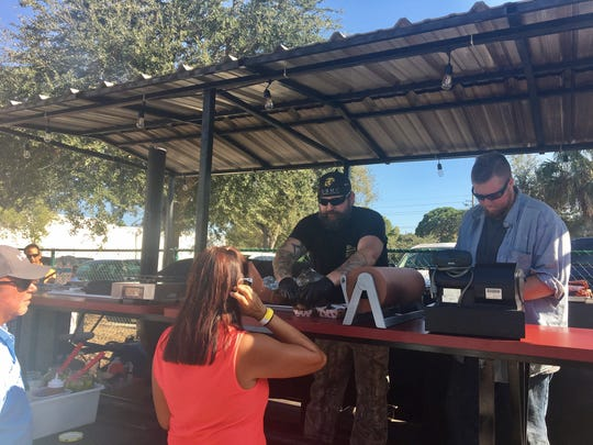 Pit Commander offers Texas barbecue, including brisket and beef ribs, in Naples.
