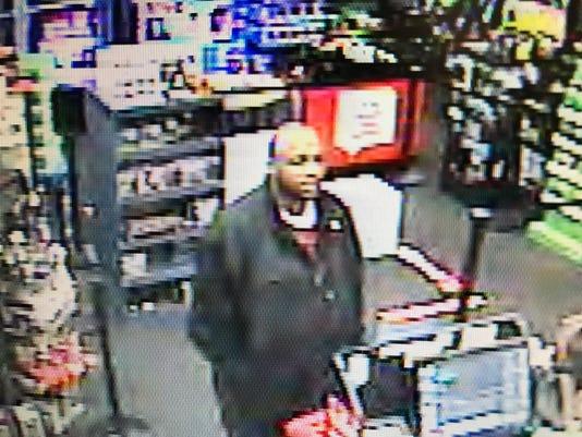 636186131091436714-GameStop-suspect.JPG