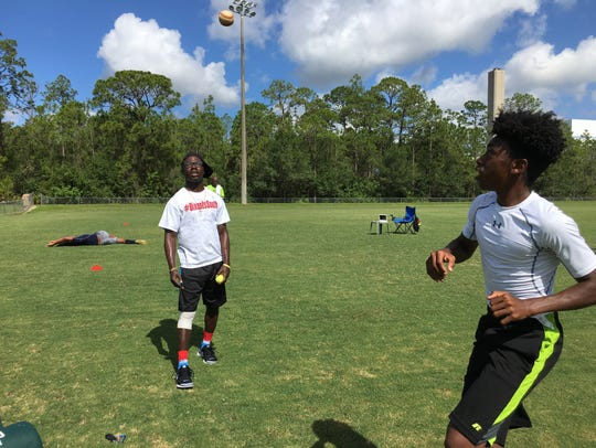 Former South Fort Myers High receiver Antwan Dixon