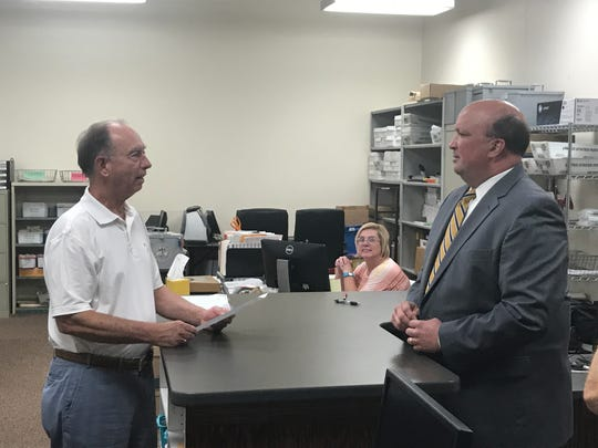 Knox County Commissioner Brad Anders submits his paperwork