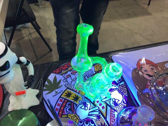 A UV light rig under UV light from the Trippy Hippy
